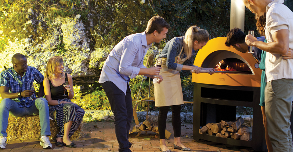Wood Fired Pizza Ovens and Kamado Egg Ovens in Lincolnshire
